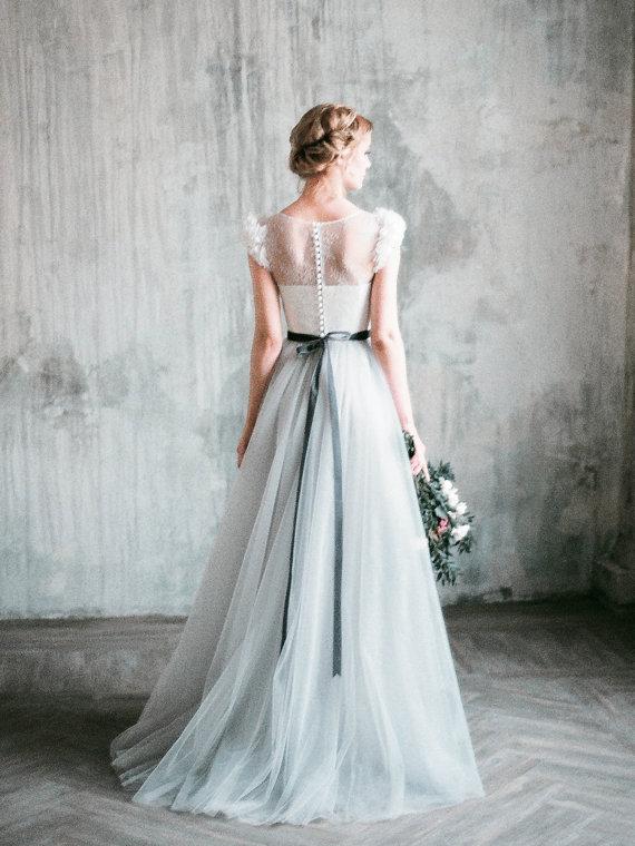 Velvet belt wedding dress