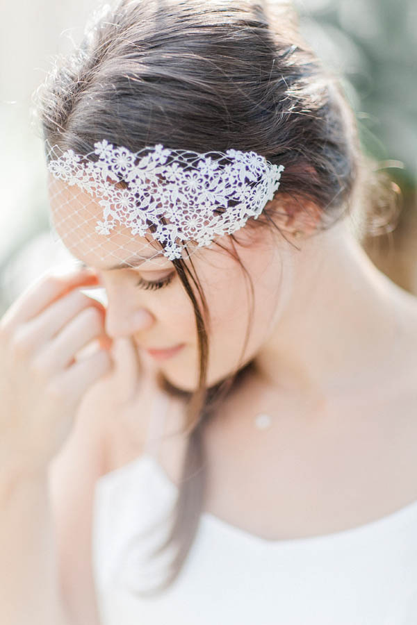 Floral hair piece with lace