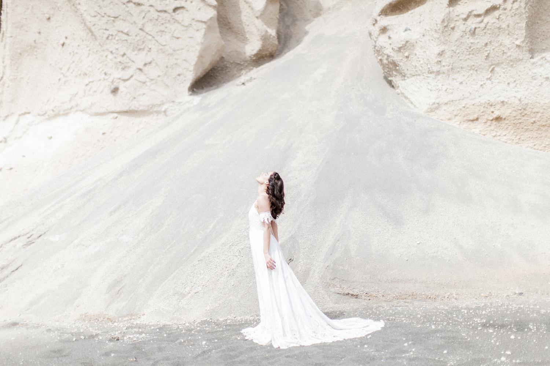 wedding at a beach, beach wedding, bride