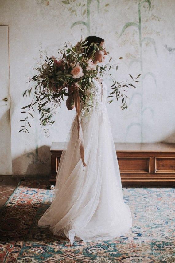 Villa Catreglio Bride Flower Bouquet Wedding Dress