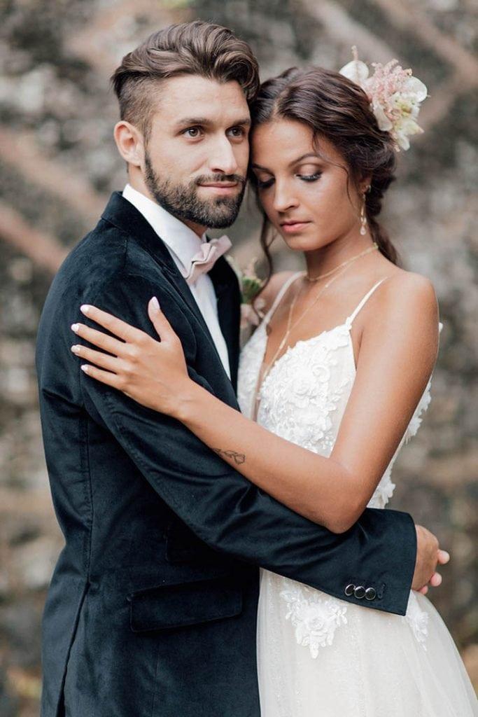 Villa Catureglio Tuscany Wedding Romantic Bride Groom