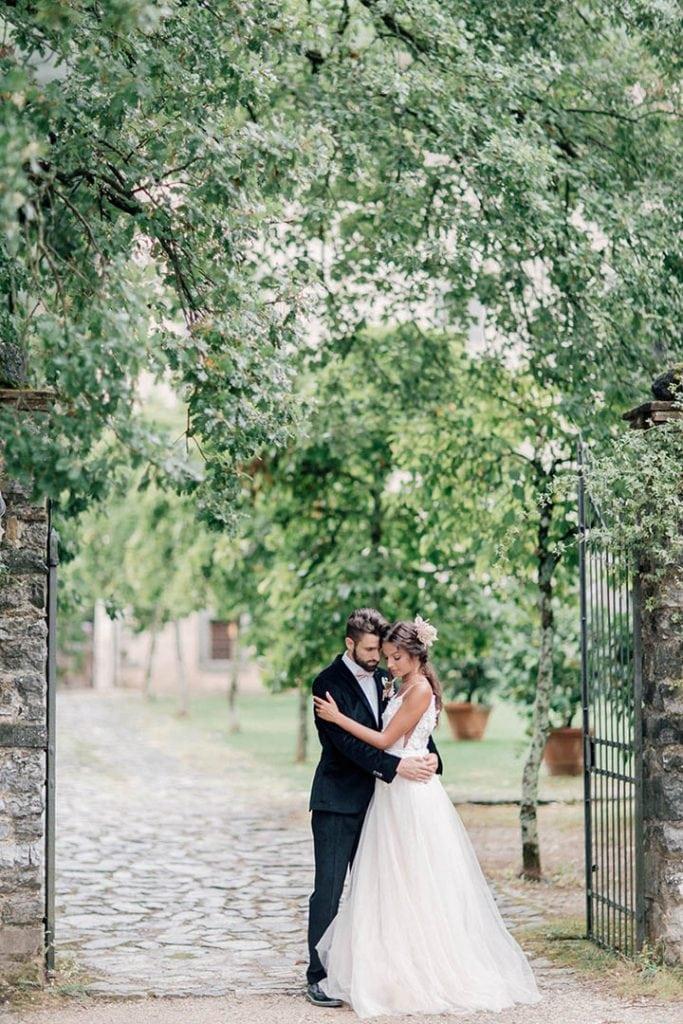 Villa Catureglio Tuscany Wedding Romantic Couple