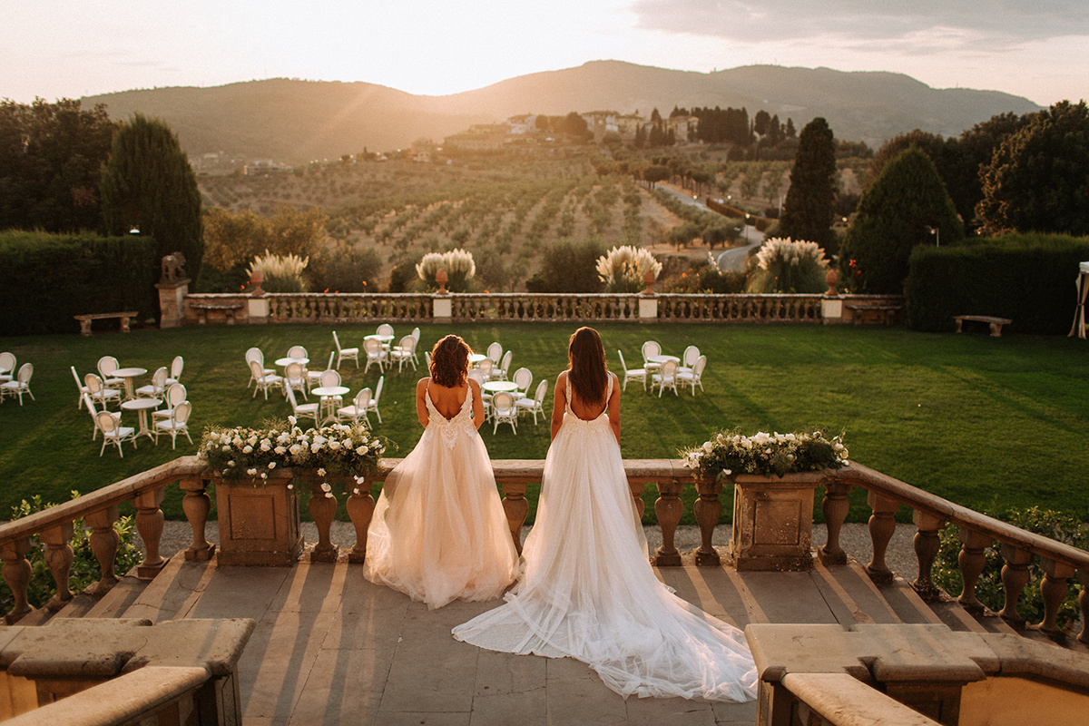 2 brides at Villa Medicea