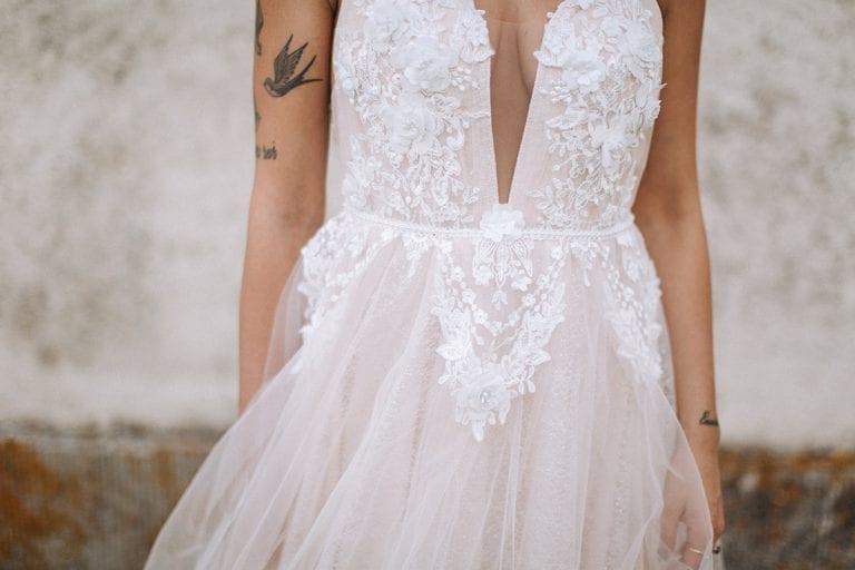 tuscany bride wedding dress details