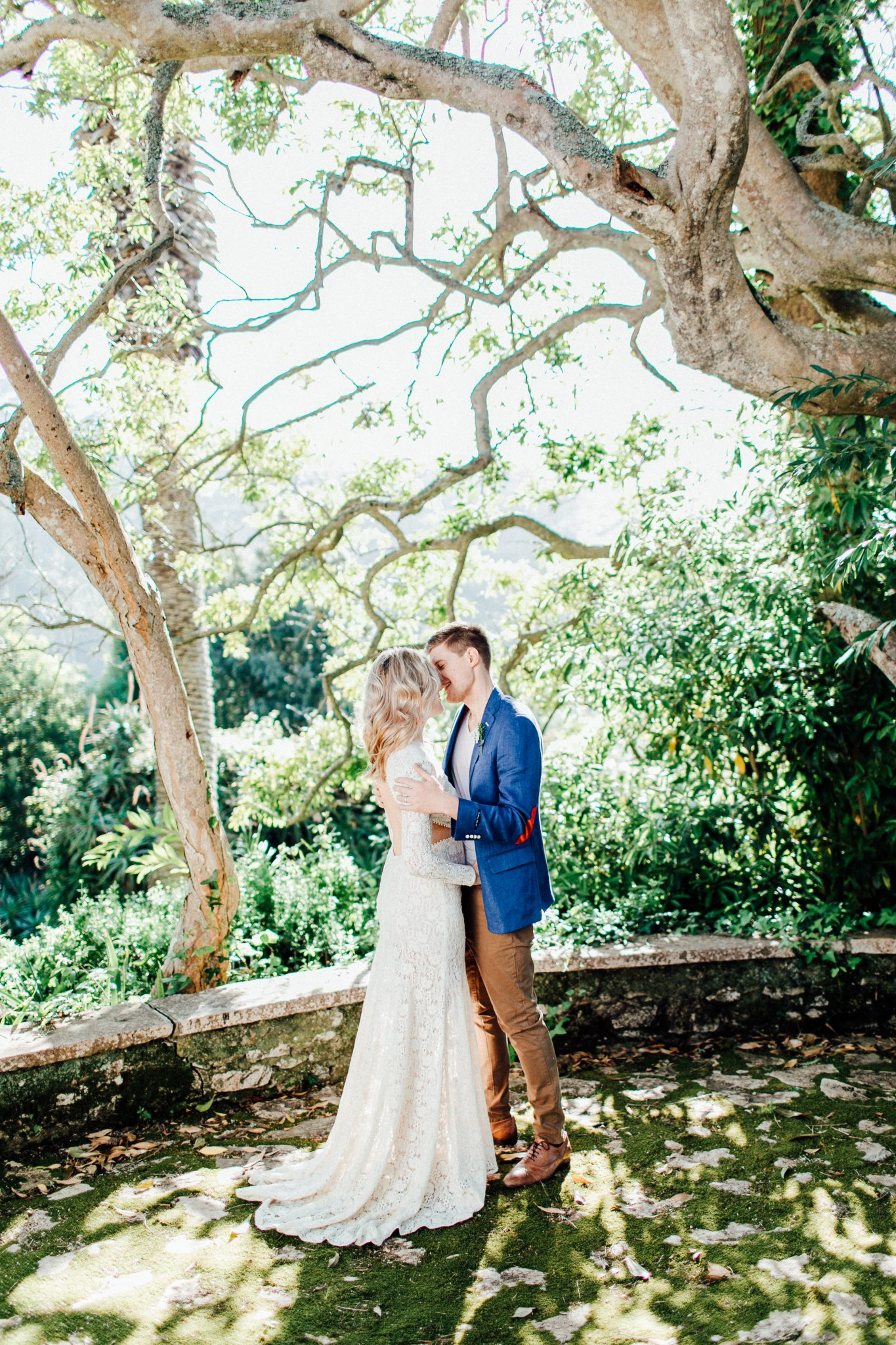 destination wedding portugal wedding couple