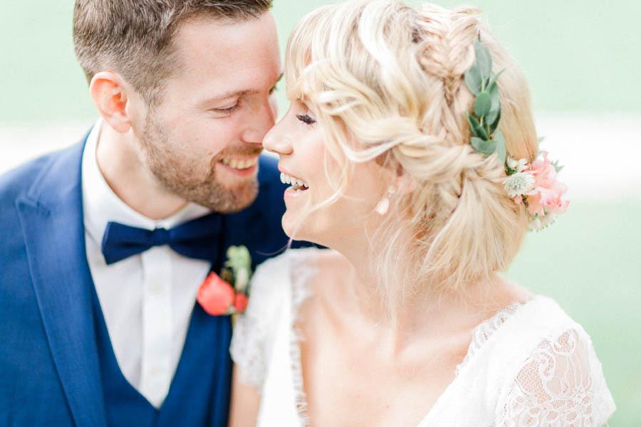 magnolias-on-silk-seefugium-coral-wedding-couple-details