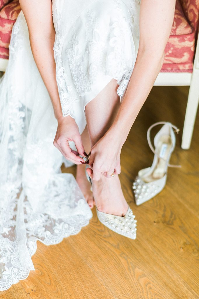 bride getting ready, wedding day, bridal shoes