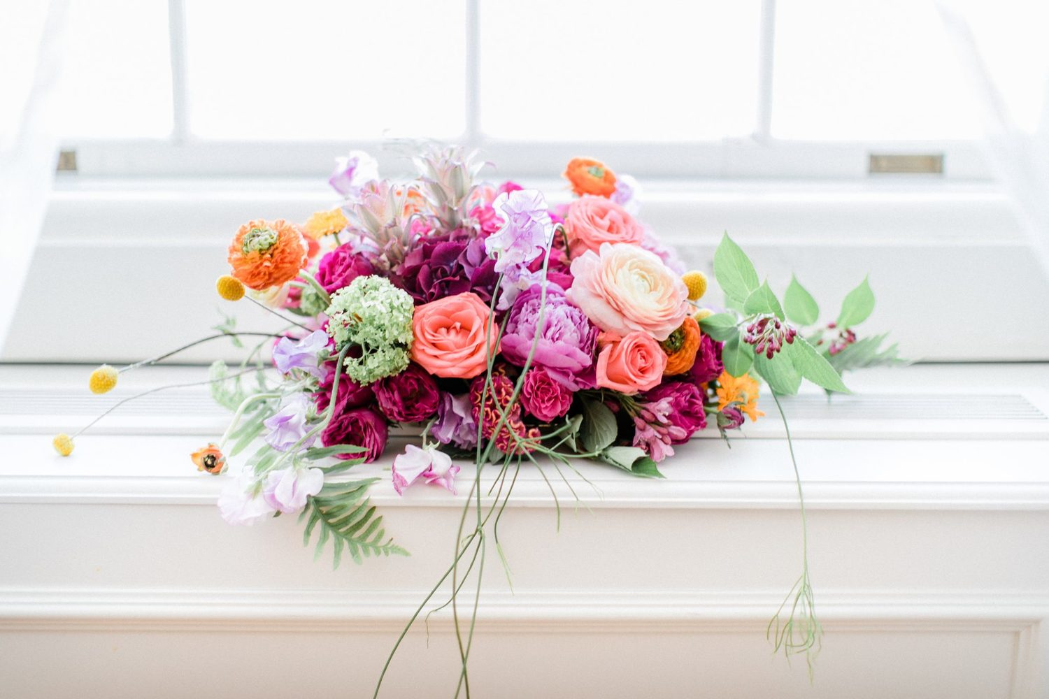 beautiful colourful floral wedding decoration, wunderschön farbenfrohe blumendekoration