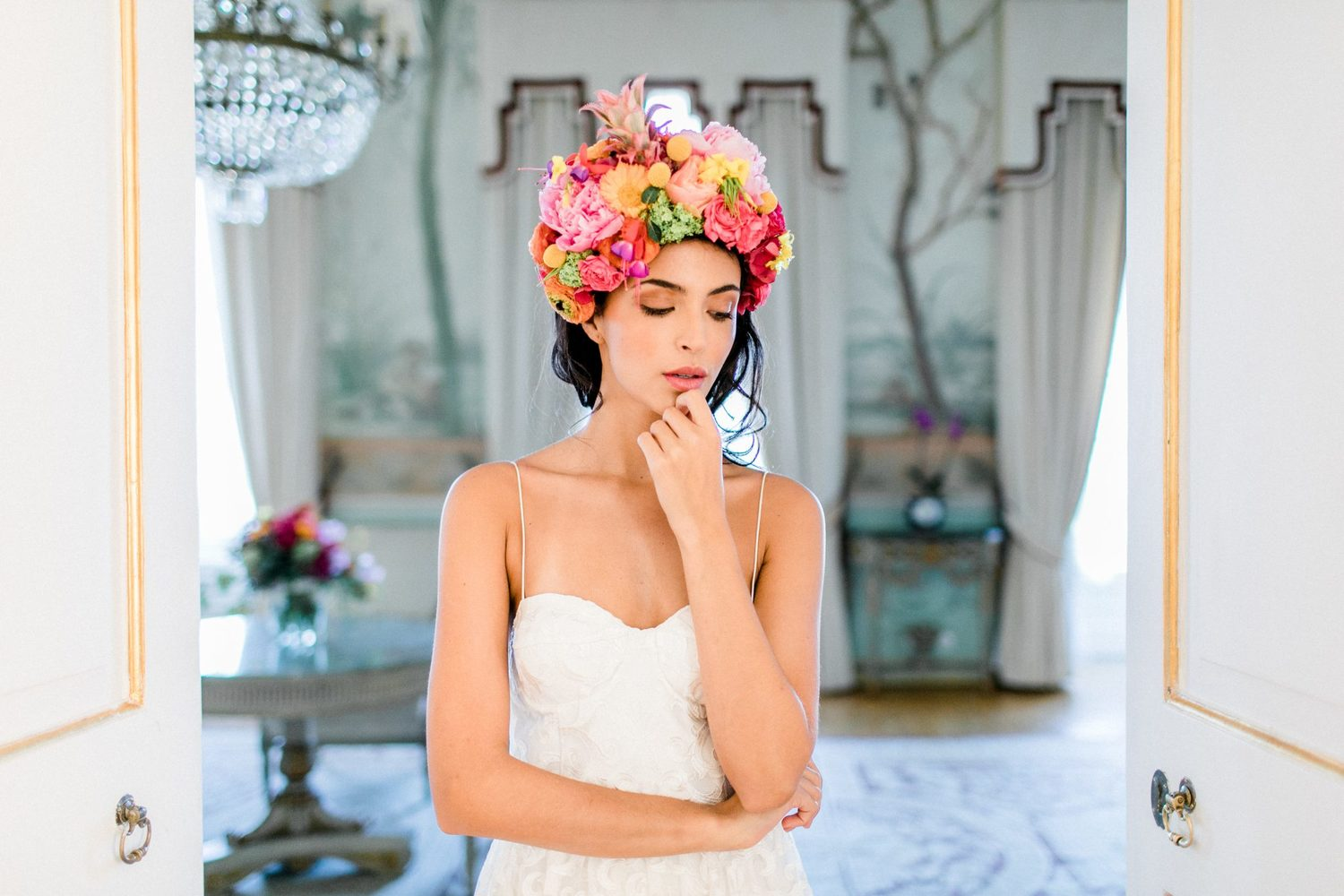 colourful wedding floral headpiece in palacio de seteais