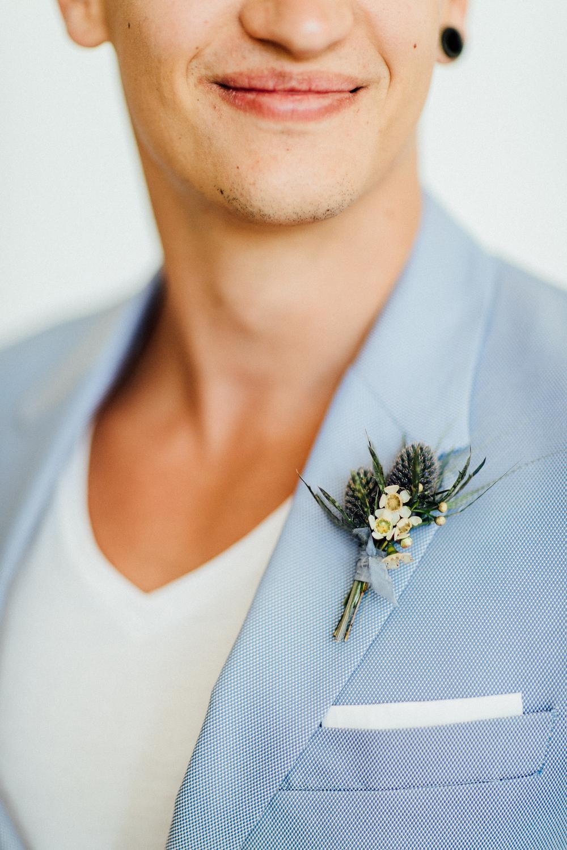groom, accessories, wedding details, boutonniere