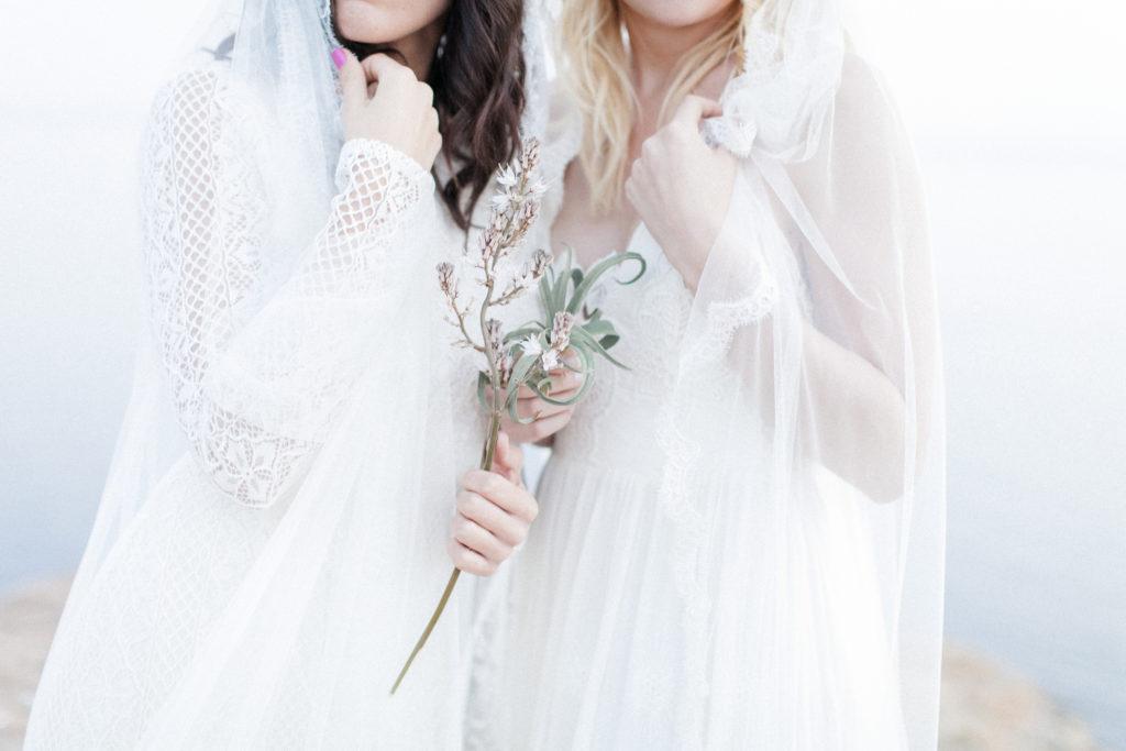 wedding floristry, minimal wedding, wedding flowers, bouquet