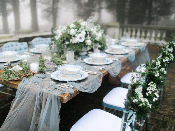 silk table runner for a wedding, wedding table scape