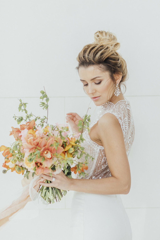 wedding bouquet, wedding flowers, orange wedding flowers