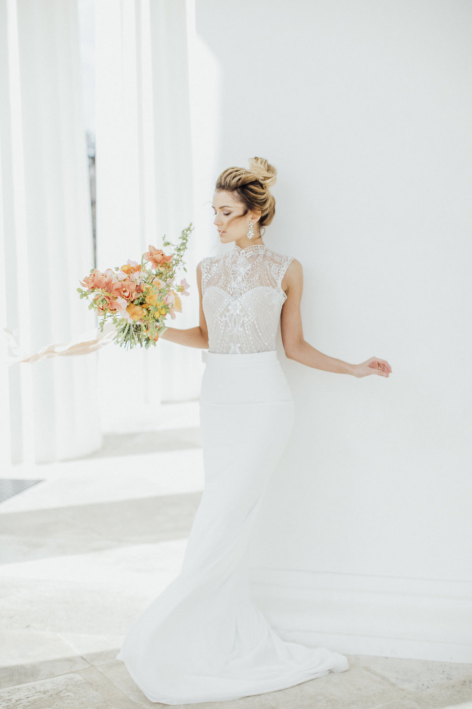 bride, wedding flowers, wedding bouquet, orange and yellow wedding flowers