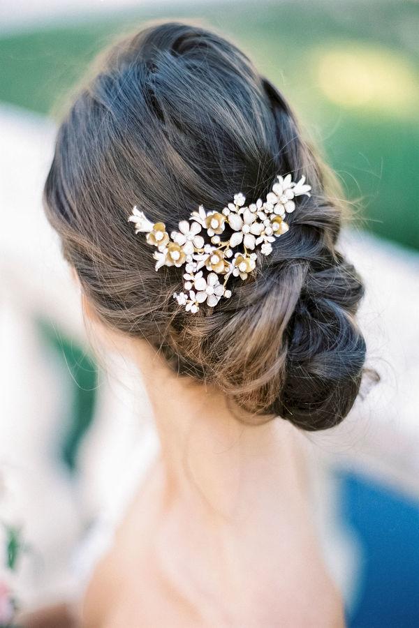 bridal hairstyle, wedding hair, bride, elegant updo