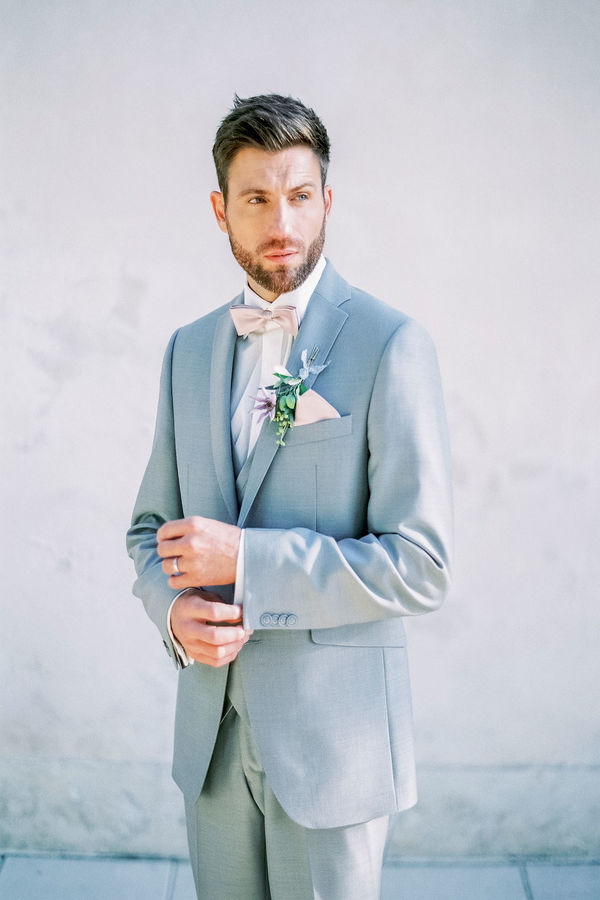 groom, groom's attire, wedding suit