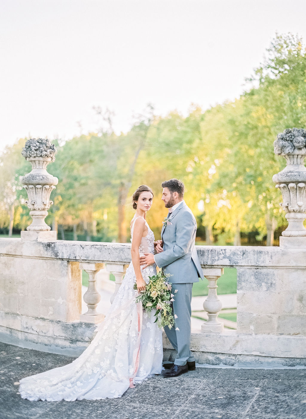 wedding in provence, wedding in france, provence wedding, wedding couple, destination wedding, cheateau de tourreau