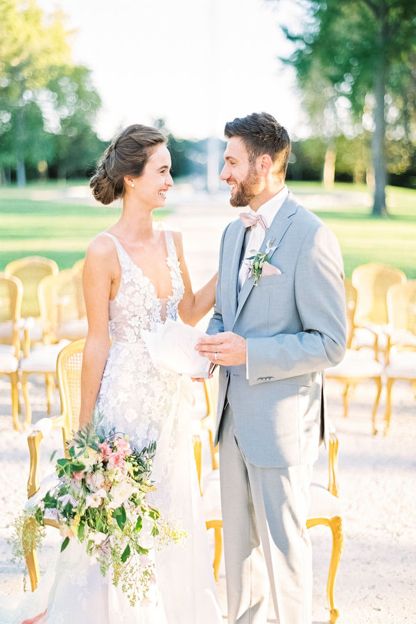 wedding ceremony, wedding vows, wedding couple, chateau de tourreau, wedding venue in provence, wedding in provence
