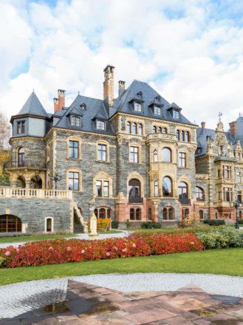 castle wedding, getting married in germany, schloss lieser, lieser castle wedding