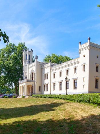 schlosshotel kittendorf, german castle wedding, getting married in germany