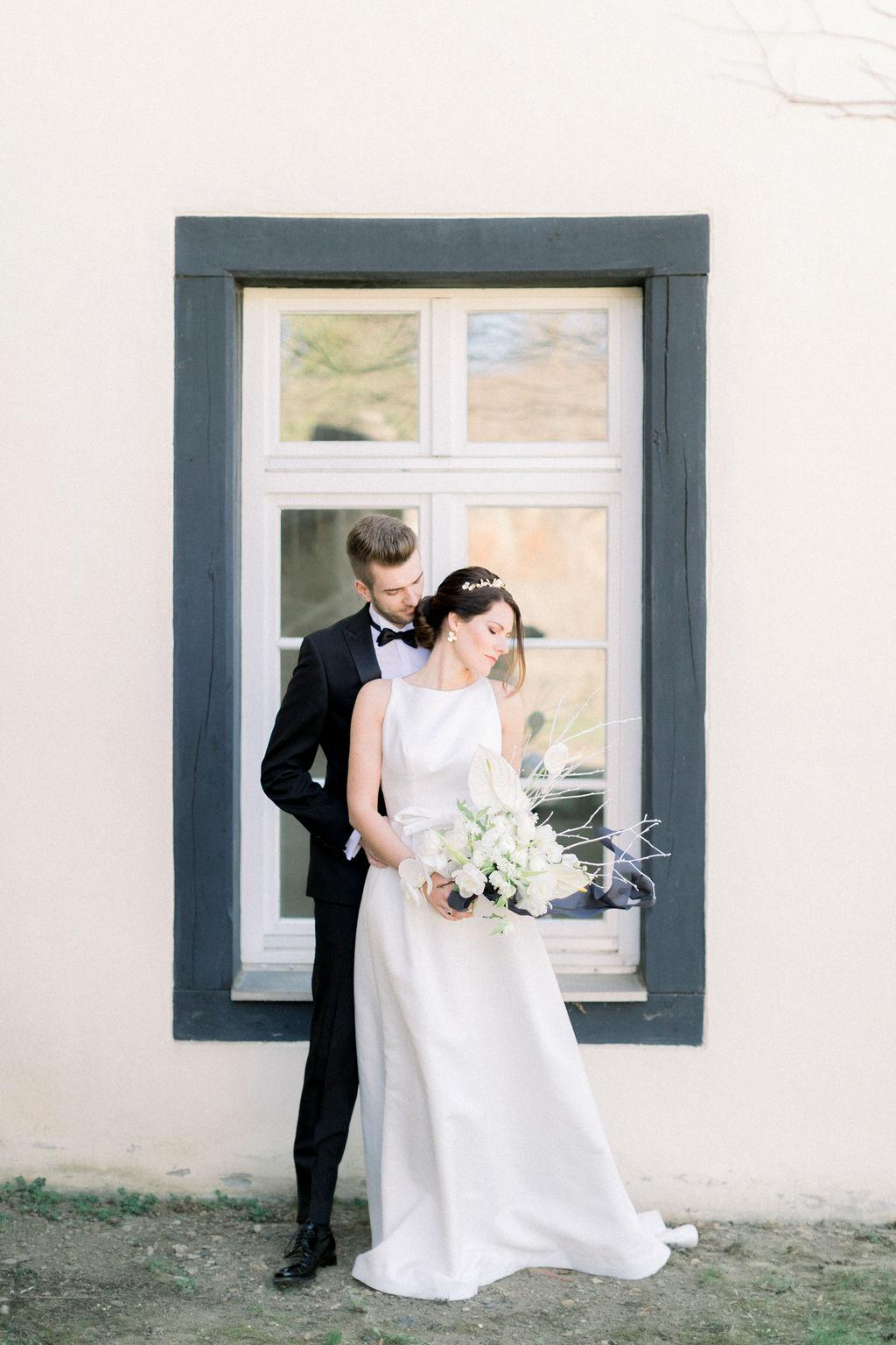 wedding couple, wedding in germany, monastery wedding, church wedding, getting married in germany