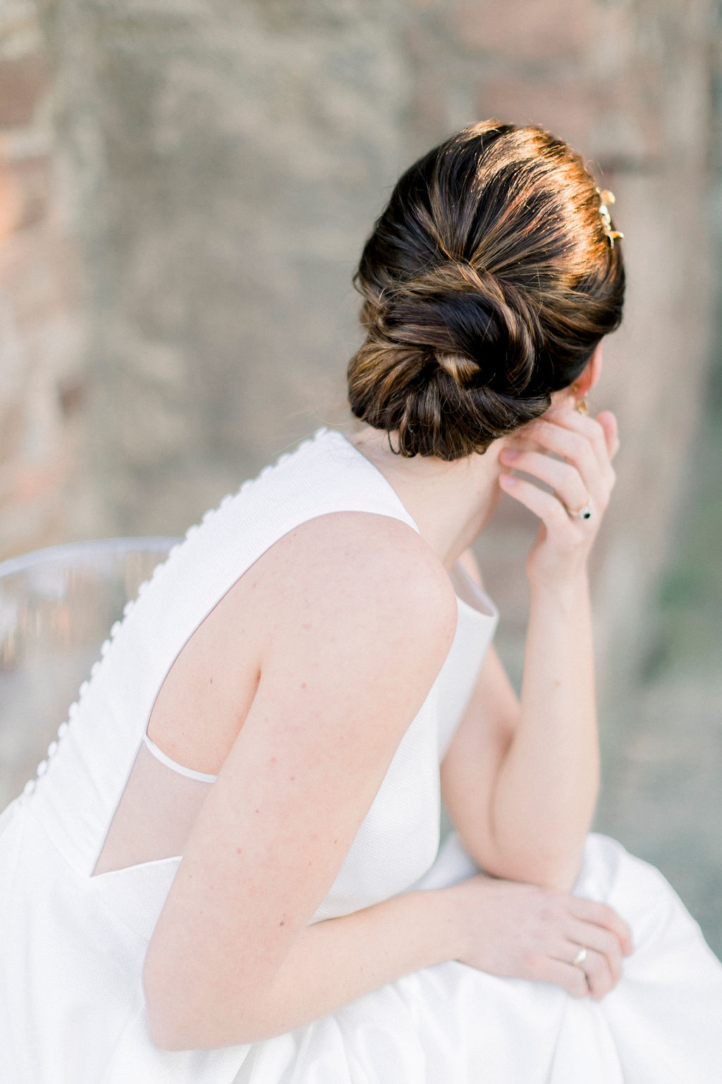 black-white-wedding-elegant-bridal-hairstyle